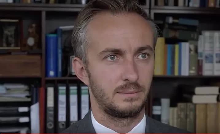 Erdogan gedicht van Duitse satiricus Jan Böhmermann blijft ook in hoger beroep verboden