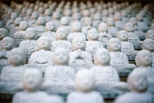 Ook in Duitsland hetzelfde frame: slachtoffers Sri Lanka zijn anonieme 'aanbidders en toeristen'